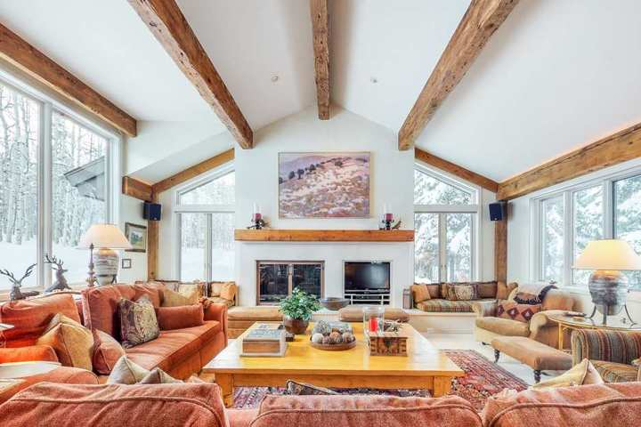Snowmass Ski In And Ski Out Homes For Rent Over Christmas 2020 For 14 Aspen Snowmass Rentals Aspen Snowmass Vacation Rentals Search